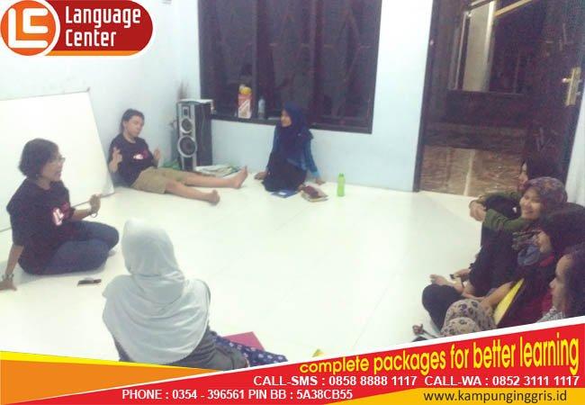 diskusi bersama LC Kampung inggris