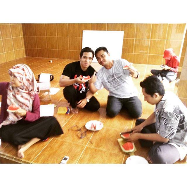 pesta semangka LC kampung inggris