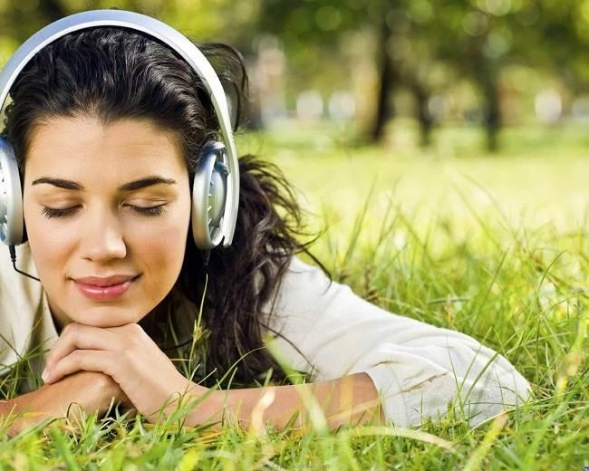 Belajar Bahasa Inggris lewat Lirik lagu