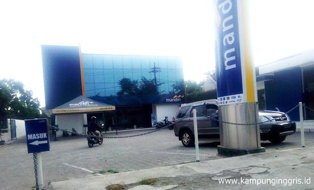 bank mandiri pare kampung inggris