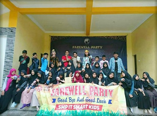 SMP IT Smart Kids Timika