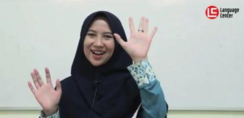 Good Teacher dan Good Method Membuat Saya Jadi Percaya Diri dalam Berbahasa Inggris (Ismiati Rohimah from Bandung)